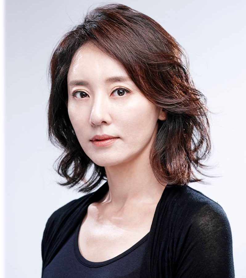 윤다경 배우 사진