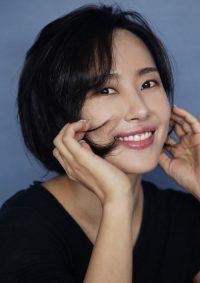 김윤서-메인